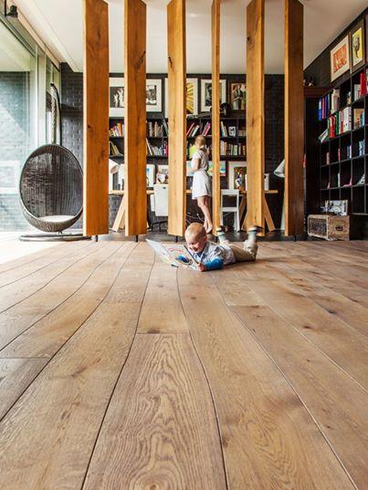 alma parchet pardoseli living biblioteca